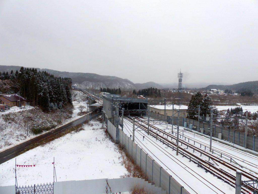 hp_20161126_shinkansen05