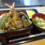 上ノ国産の海鮮と野菜、お米を使った天丼