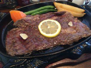ジューシーなアメリカ産牛ステーキ200g